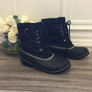 NWOT Sorel Waterproof Black Duck Boot